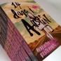 Henriette Vesterbak signerer den erotiske roman 14 dage i Austin
